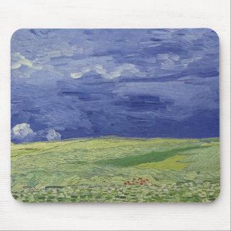 Wheatfields de Vincent van Gogh | sous le nuage Tapis De Souris