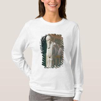 Winged humain-a dirigé le taureau, période t-shirt