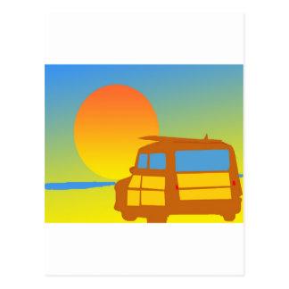 Woodie au coucher du soleil carte postale