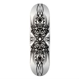 Woody tribal plateaux de skateboards customisés
