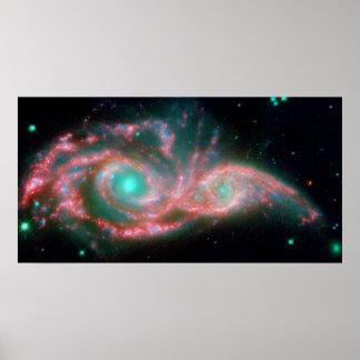 Yeux dans la NASA du ciel NGC 2207 Posters