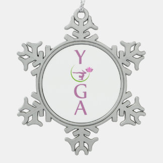 yoga avec un lotus rose ornement flocon de neige