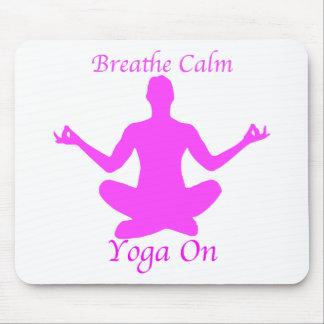 Yoga BreatheCalmYogaOn Tapis De Souris