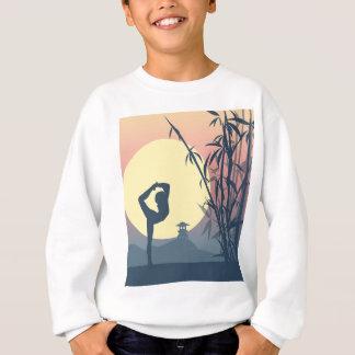 Yoga dans la brume sweatshirt