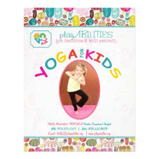 Yoga pour floral coloré de sortes prospectus 21,6 cm x 24,94 cm