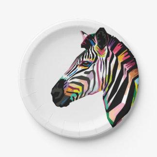 Zèbre coloré d'art de bruit sur l'arrière - plan assiettes en papier