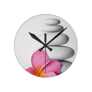 Zen de fleur horloge ronde