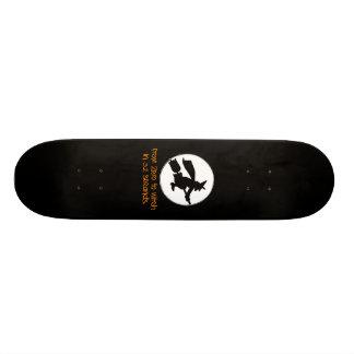 Zéro au style de silhouette de sorcière skateboards customisés