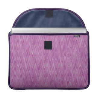 Zigzag de framboise - motif abstrait rose housses MacBook pro