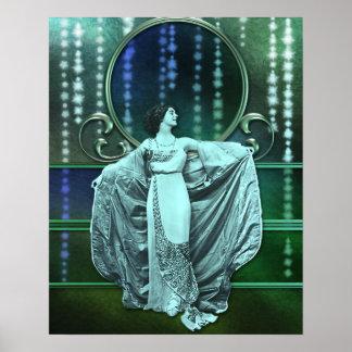Zohara : Femme d'art déco dans l'Aqua et le vert Posters