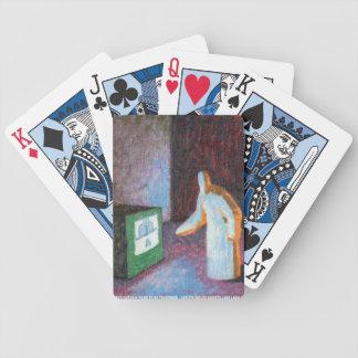 Zombi ajustant les cartes de jeu de poste TV Jeux De Cartes
