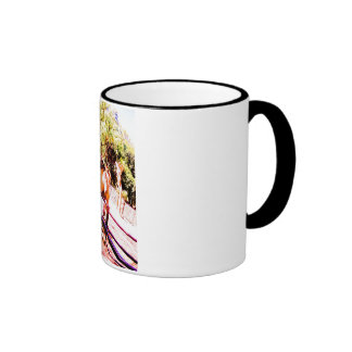 Zoo camel. mug ringer